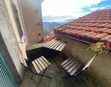Appartamento in Affitto a Follo La Spezia