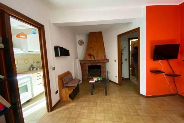 Casa semi indipendente in Affitto a Follo La Spezia